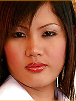 Thai ladyboy toys her asshole